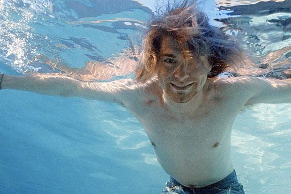 kurt cobain piscina nevermind